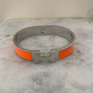 H Click Clack Bracelet (silver and orange)